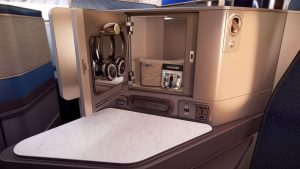 business-class-united-2