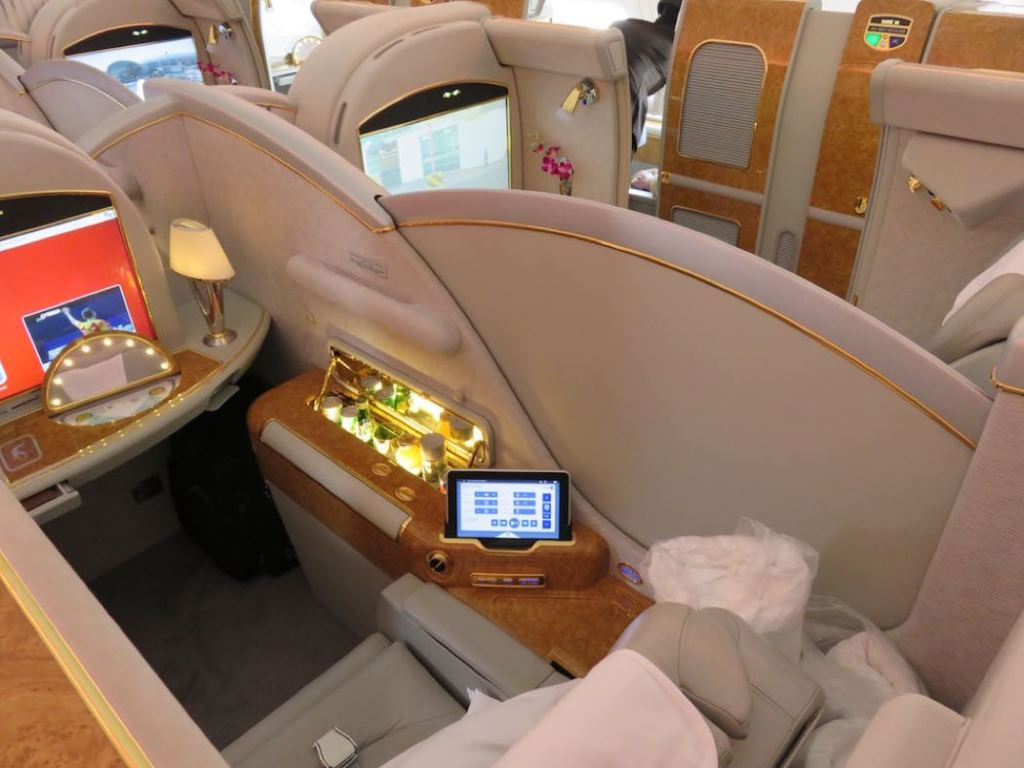 2017 review of emirates airbus a380 business class cheap for Cabin bag weight limit emirates