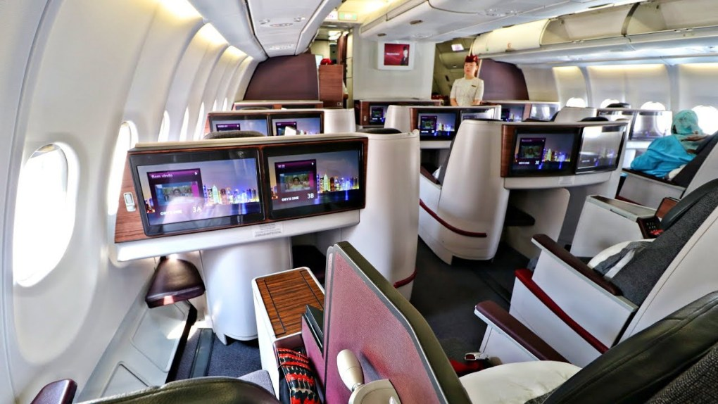 Review of Best Business Class Airlines to Italy 11
