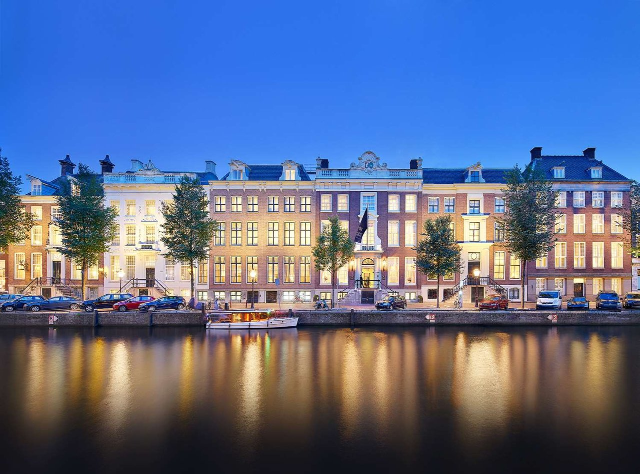 How to Find Business Class Tickets for Cheap to Amsterdam 5