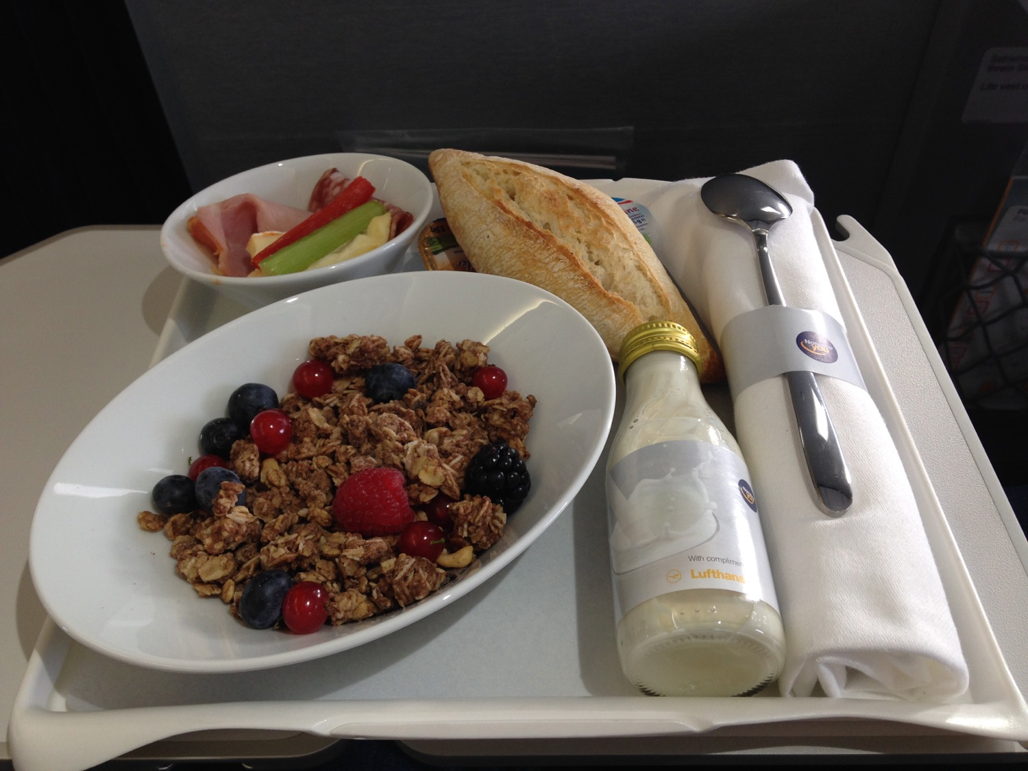 2020 review of the TOP 5 Business Class Airlines to Europe foto11