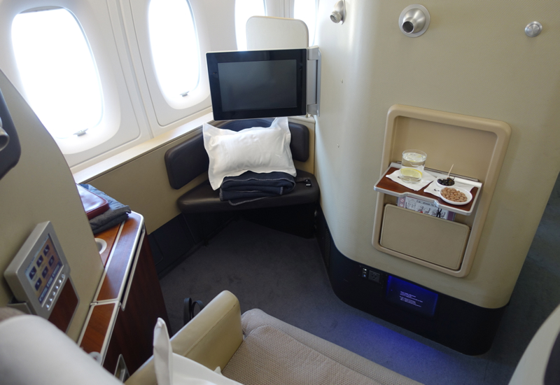 Best Business Class airlines to Australia foto6